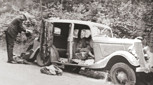 BONNIE&CLYDE_CAR_DEATH